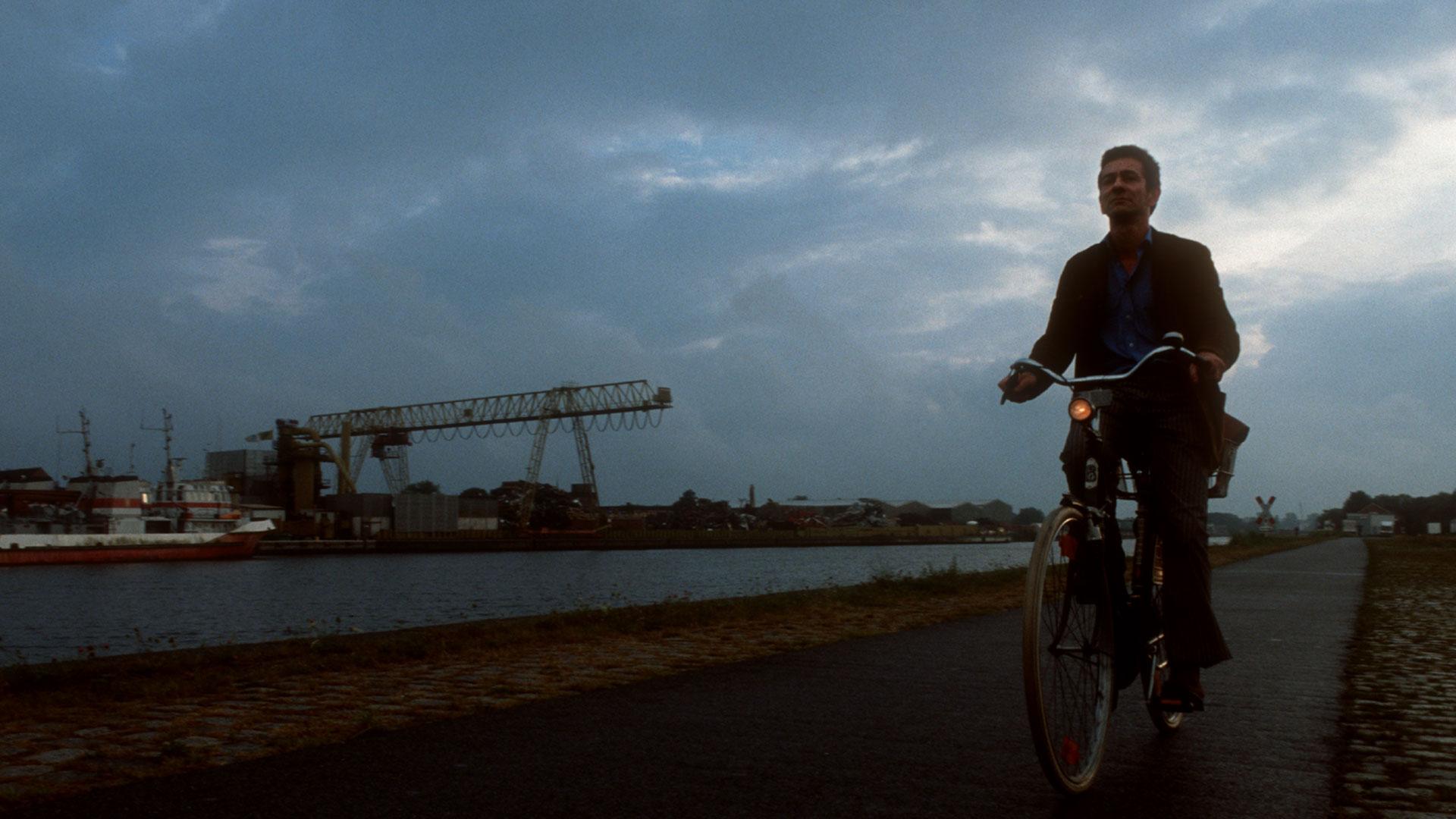 animo-film-mann-fahrrad