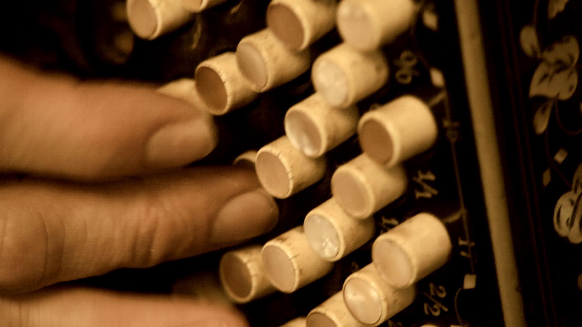 animo-film-finger-spielen-akkordeon